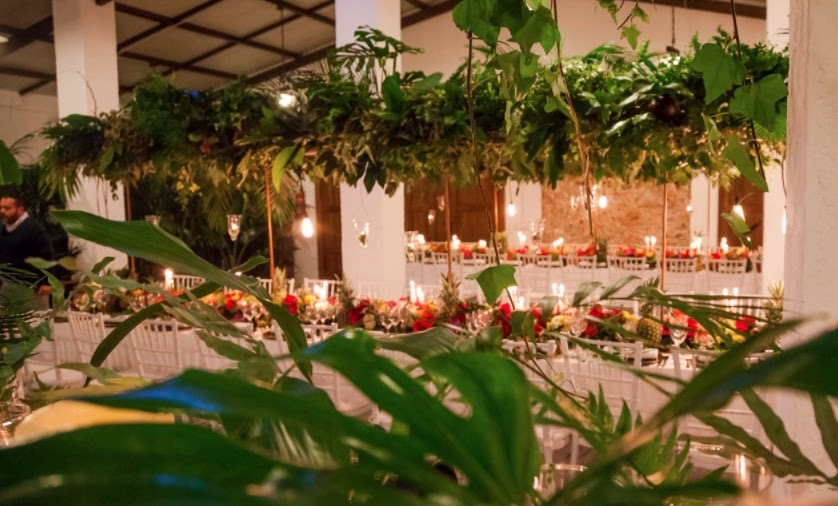 Decoración boda tropical