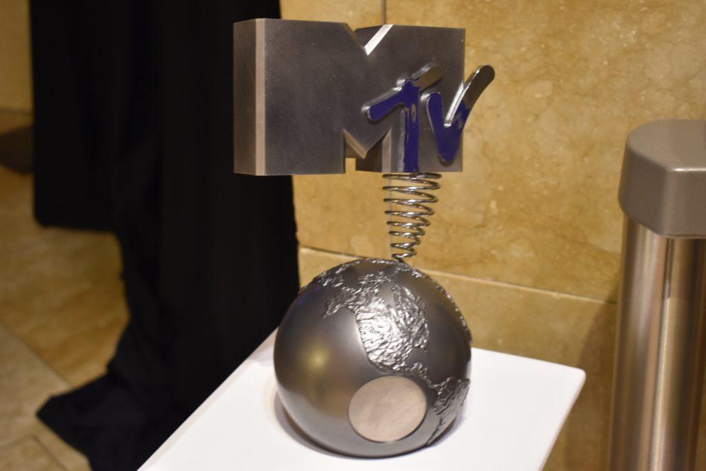 Estatuilla de los premios EMA BILBAO de Mtv