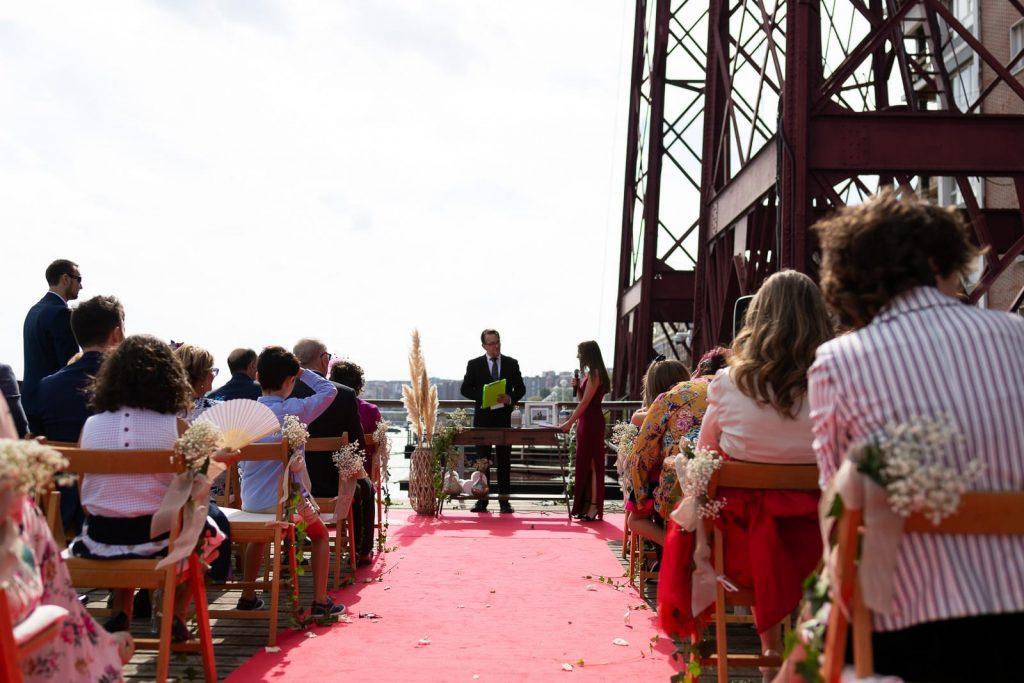 Ceremonia en el Puente Colgante
