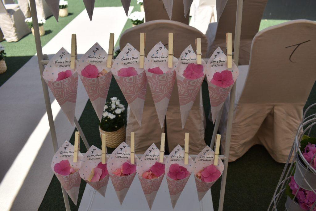 Conos personalizados para bodas