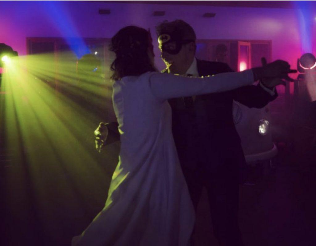 Fiesta después de la boda